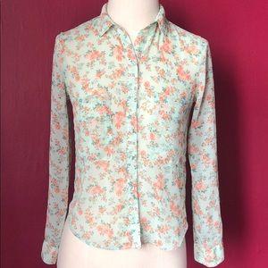 Tops - Bershka vintage inspired button down shirt.